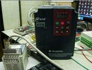 用脉冲控制变频器